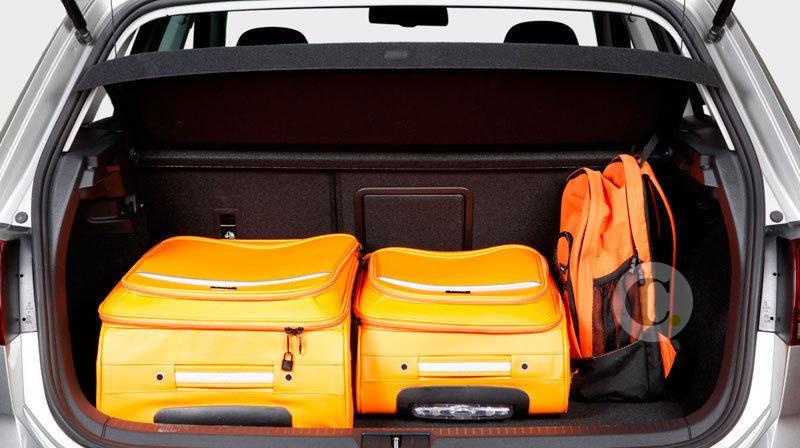 volkswagen-golf-5p-2013-interior-maletero.309475