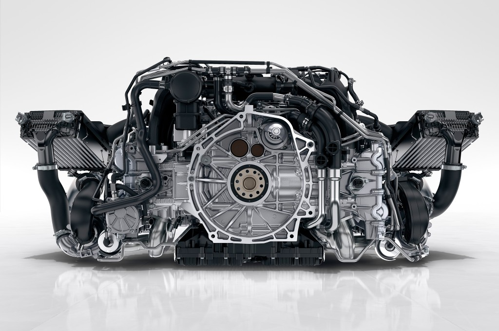 2017-Porsche-911-Carrera-twin-turbo-engine1
