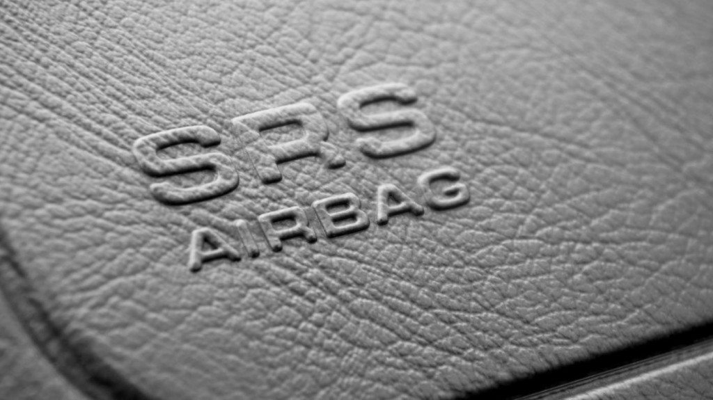 srs-stand-car_bef468435ee94e74