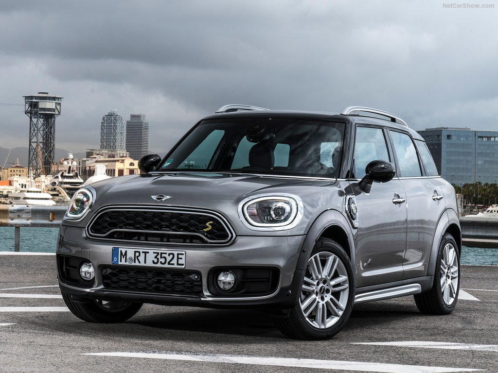 Mini-Countryman_Plug-in_Hybrid-2017-1024-01