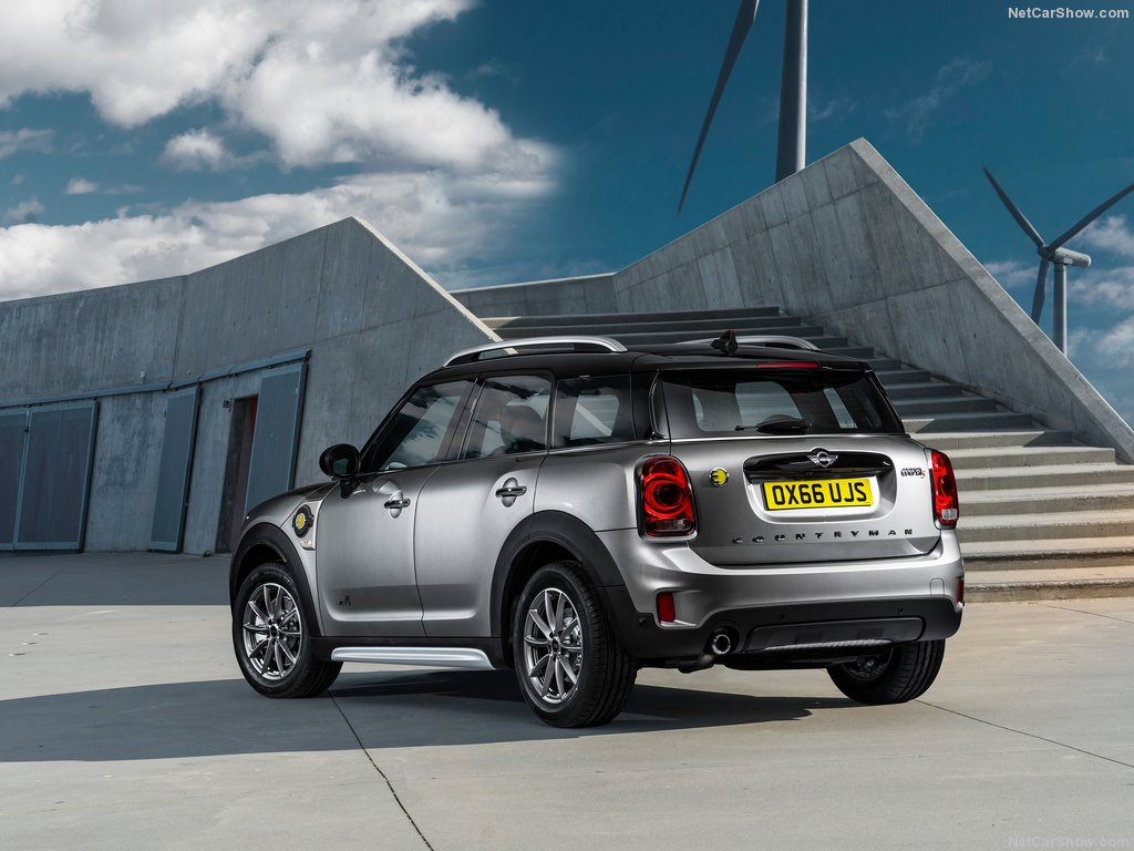 Mini-Countryman_Plug-in_Hybrid-2017-1024-62