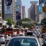 Contaminación y ruido vehicular: puerta a la hipertensión. Foto Wikipedia