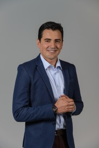 Rafael Zea es Alejandro Otero Mallarino