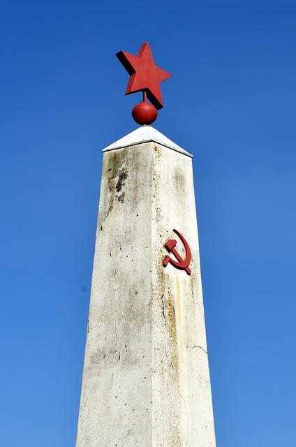 monument-1303788_640-1