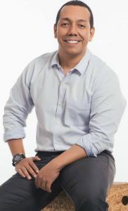 Johny Jaramillo, Economista con estudios en Harvard
