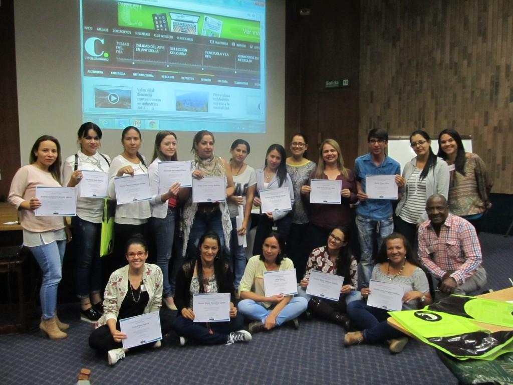 Este grupo de maestros participó en la inducción en 2017