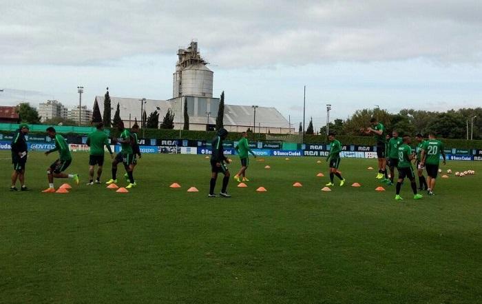 El equipo se encuentra desde el fin de semana en Argentina preparando el crucial encuentro.  FOTO CORTESÍA @nacionaloficial