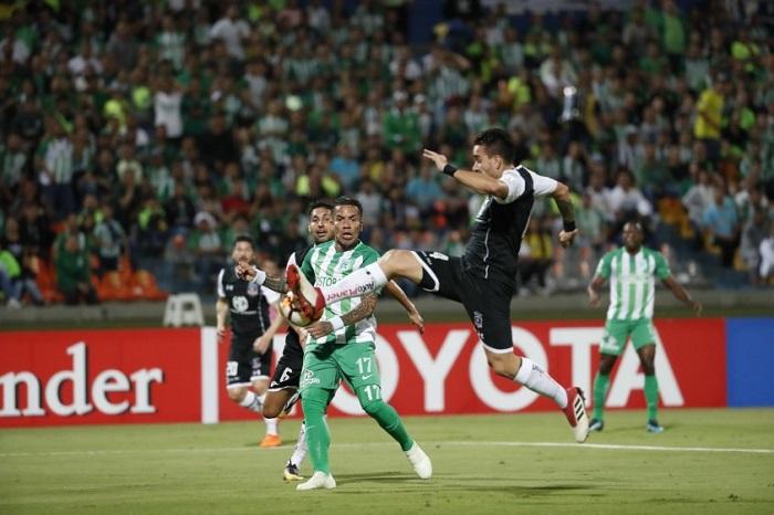 Frente a Colo Colo también la ausencia de gol se hizo nota. El verde tiene baja producción en la delantera. Foto periódico El Colombiano.