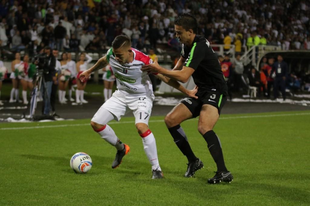 Aguila estuvo inmiscuido en una discusión en la que hubiera podido dejar a Nacional con diez jugadores.