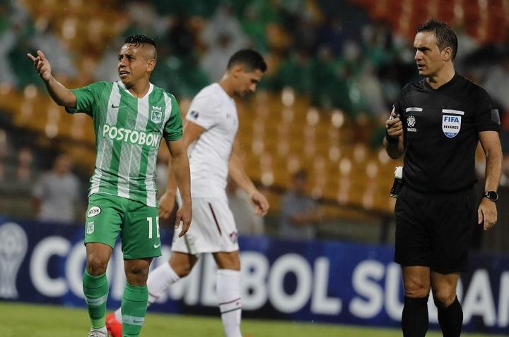 Vladimir Hernández es uno de los jugadores más sobresalientes en los últimos partidos. No obstante, está lejos del nivel que le conocimos. Foto EL COLOMBIANO.