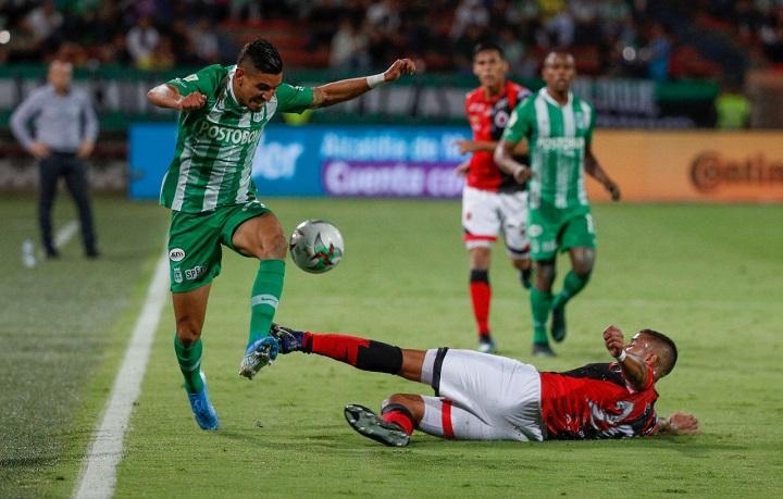 Daniel Muñoz pasó a la historia como el jugador que marca el gol más rápido en la historia de Nacional a los 22 segundos de iniciado el juego. Además, el 5.000 en la liga colombiana para el verde. Foto El Colombiano.