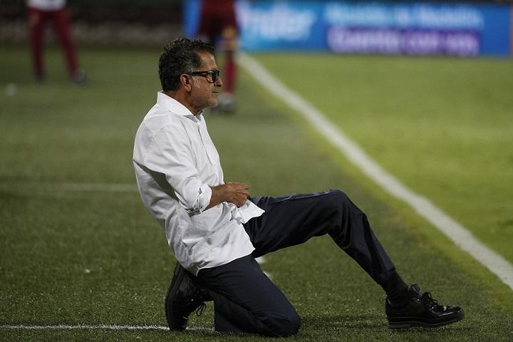 """En la rueda de prensa tras la eliminación en el partido contra Tolima, el profesor Juan Carlos Osorio asumió la responsabilidad y dijo que """"nunca prometió título"""". FOTO EL COLOMBIANO."""