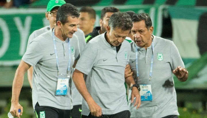 Lejano, prepotente y arrogante por momentos, se le ha notado al profesor Osorio en esta segunda etapa en Nacional. FOTO EL COLOMBIANO.