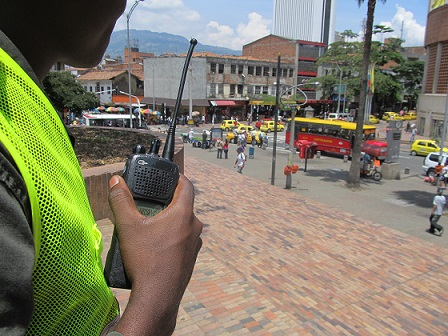 Por el Centro transitan cada día 1'200.000 personas, lo que hace más compleja la vigilancia. Foto: Nelson Matta.