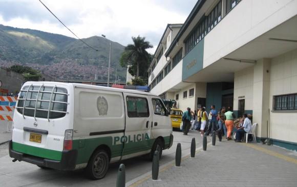 Las dos víctimas fueron llevadas a la Policlínica Municipal. Foto de cortesía.