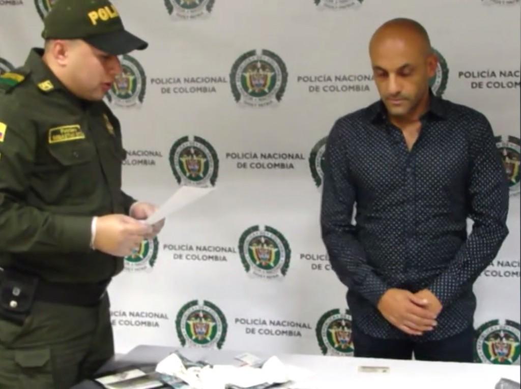 Diego Osorio transportaba la cocaína en su ropa interior. Foto: cortesía Policía Antioquia.