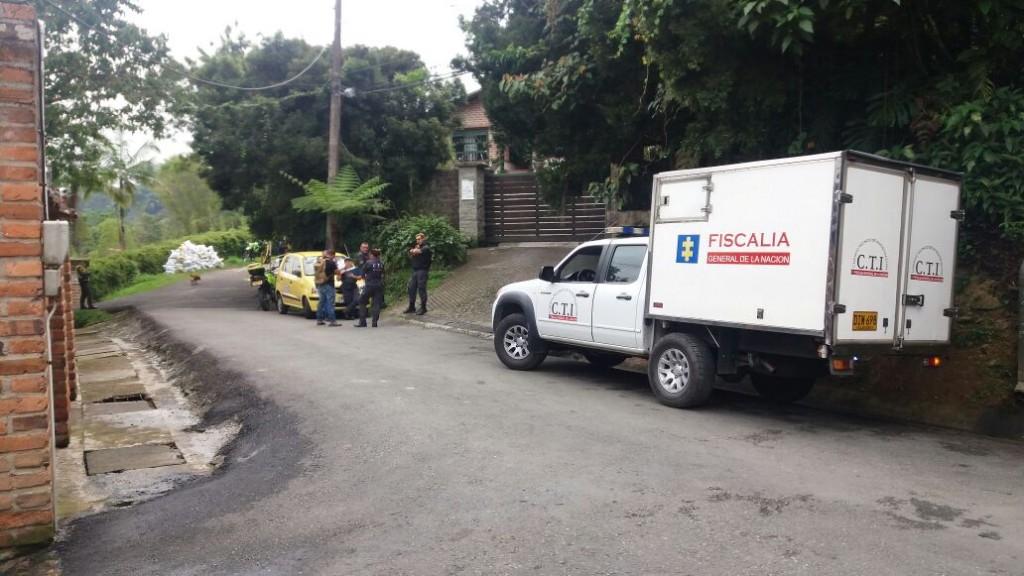 En este callejón de la Loma del Escobero, en Envigado, fue encontrado el cadáver. Foto de cortesía.