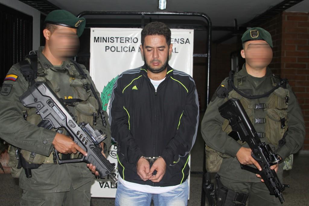 """Nelson Jaime Correa Henao, alias """"Bolillo"""", cabecilla de la banda """"los Triana"""". Foto cortesía de la Policía Metropolitana."""