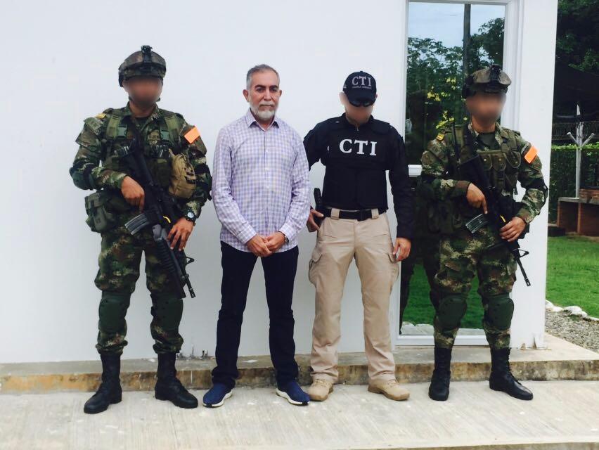 José Bayron Piedrahíta Ceballos fue detenido en su hacienda La Contadora, de Caucasia. Foto cortesía del Ejército.