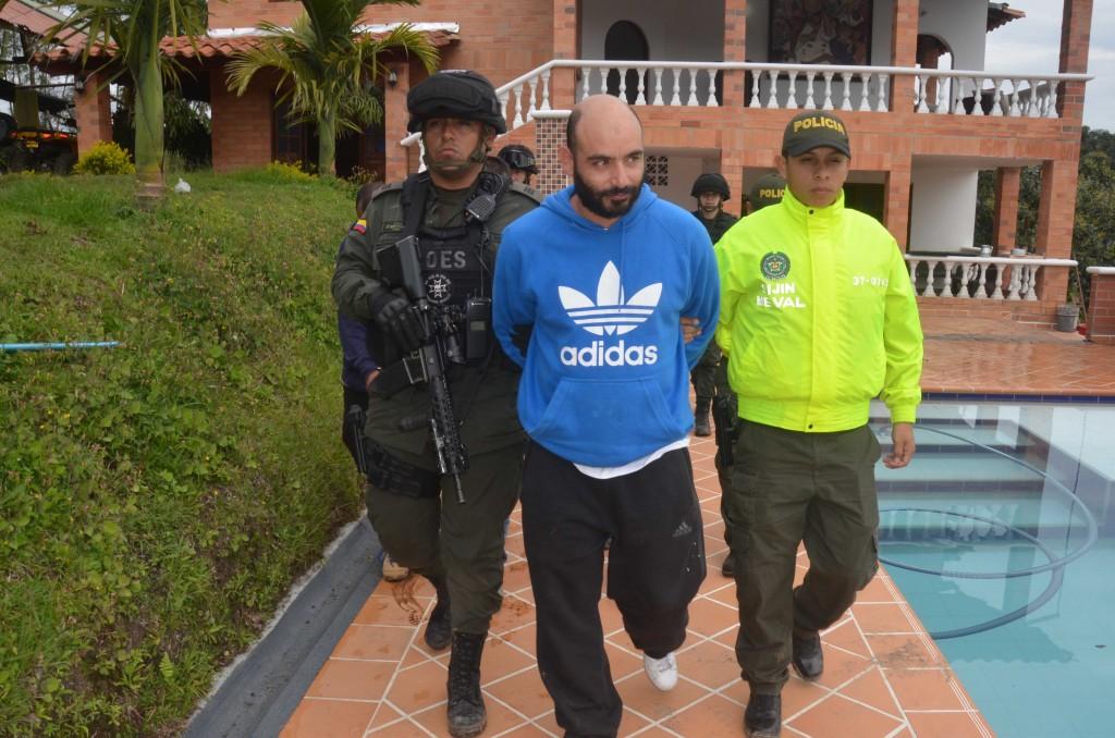 """Héctor Alexis Muñoz Goez, alias """"Draculín"""", capturado en El Peñol (Antioquia). Foto cortesía de la Policía."""