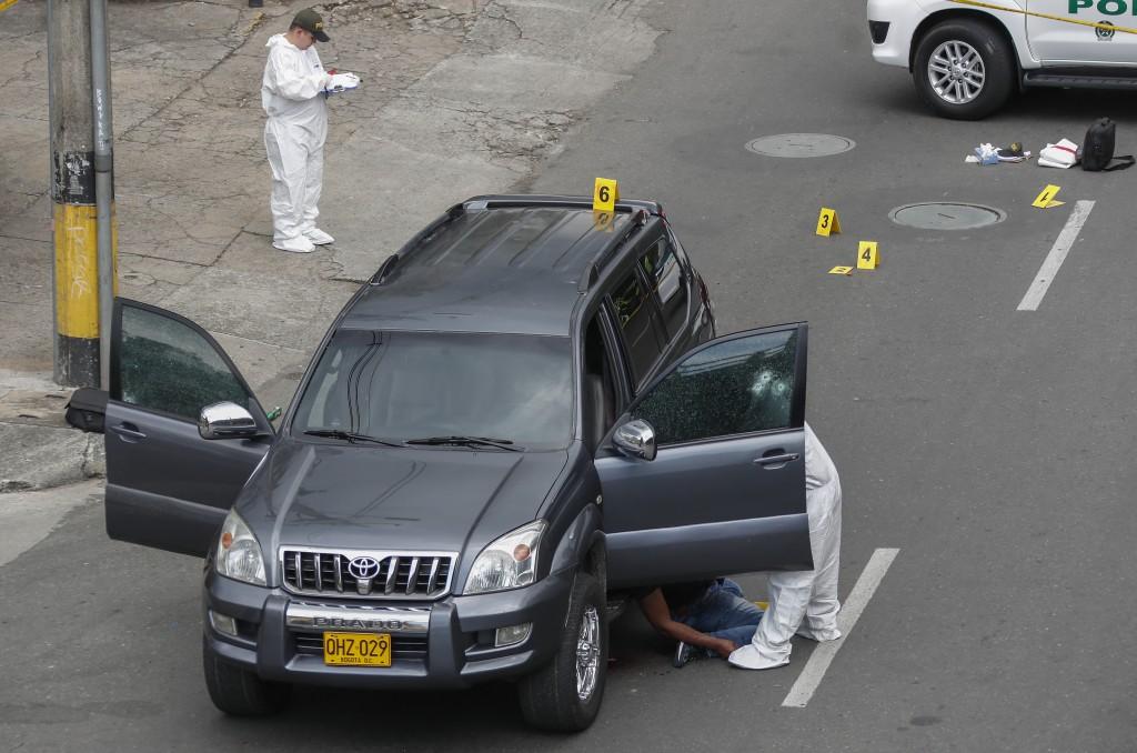 Cuando conducía esta camioneta en el sector Exposiciones, de Medellín, fue asesinado un desmovilizado de las Auc. Foto de Róbinson Sáenz.