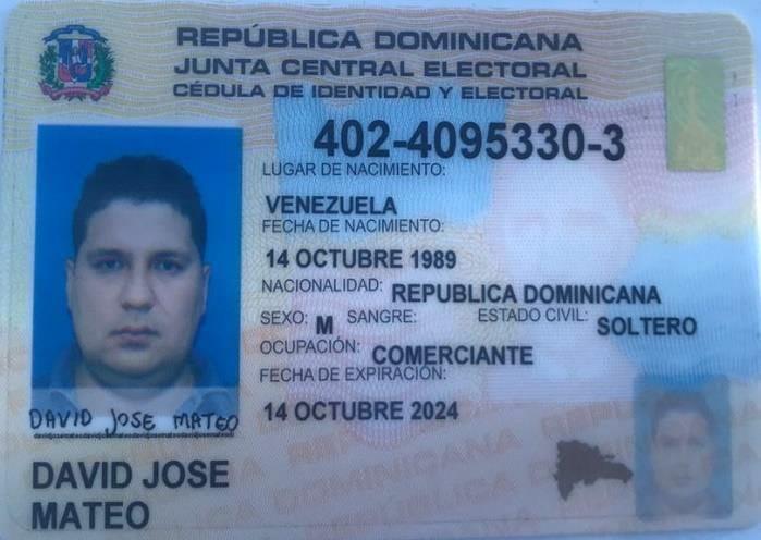 """Uno de los documentos que portaba """"Julián Machete"""" en República Dominicana, con su identidad falsa. Cortesía."""