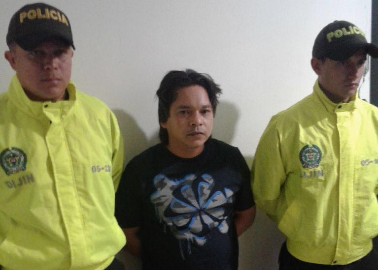 """Así fue la captura de Jorge Zapata Berrío (""""Jonás"""") en 2016. Un juzgado le otorgó la libertad condicional. Foto cortesía de la Policía."""