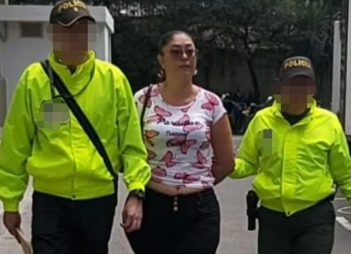 La cónyuge del juez, Milena Martínez Muñoz, también fue enviada a la cárcel. Foto cortesía de la Policía.