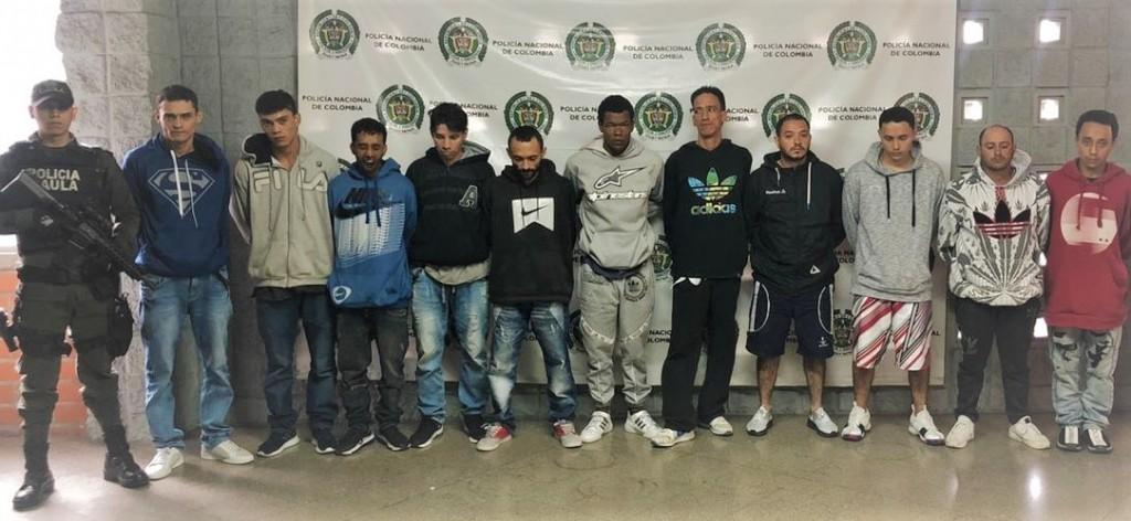 """Estos son los 11 supuestos miembros de """"Pachelly"""" capturados por el Gaula en Bello. Un juez los envió a la cárcel. Foto cortesía de la Policía."""