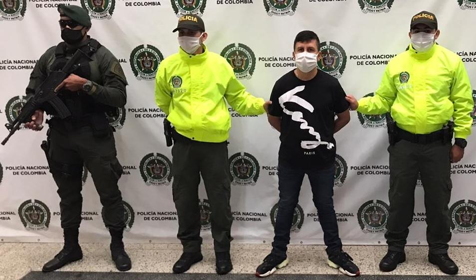 """Dairon Muñoz Torres, alias """"el Indio"""", fue detenido en el municipio de Envigado, Antioquia. Foto cortesía de la Policía."""