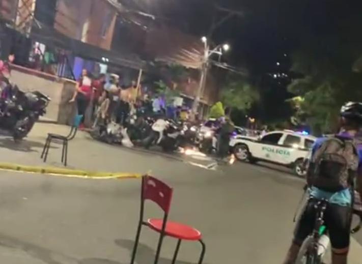 """En esta esquina del barrio El Trapiche, en Bello, sucedió el ataque sicarial que terminó con la vida de alias """"Hache"""". Foto cortesía de Guardianes Antioquia."""