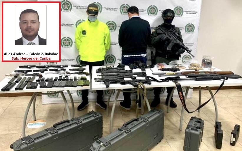 Este fue el arsenal que le encontraron a Valencia en su propiedad. Foto cortesía de la Policía.