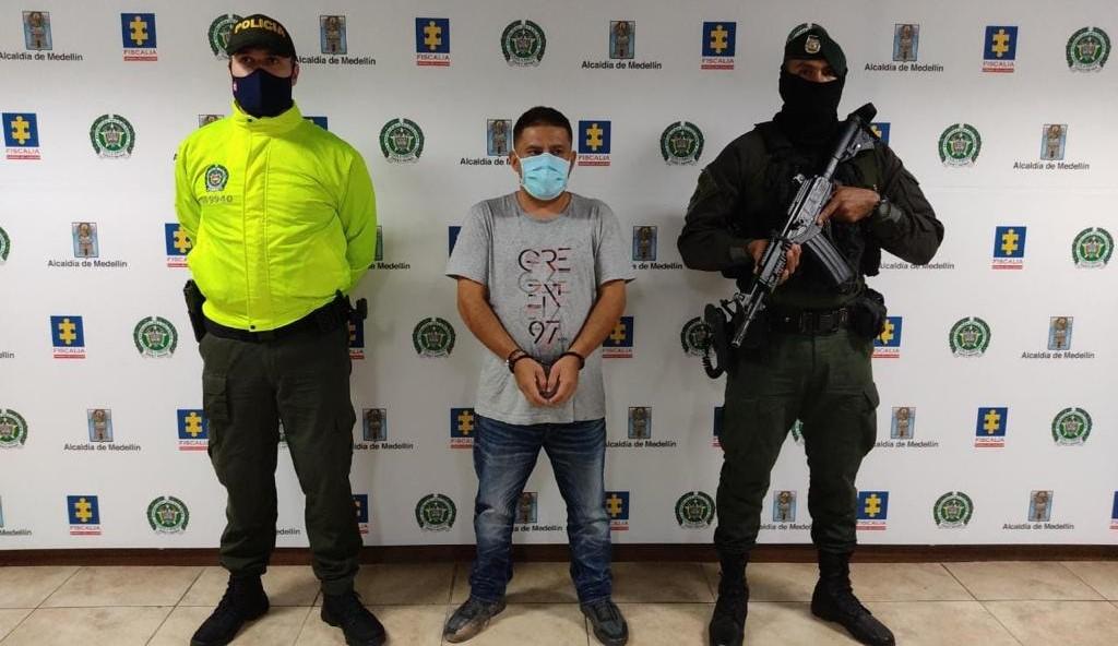 """La Policía tenía monitoreada la finca de Copacabana con un dron. A """"Naranjo"""" lo reconocieron desde el aire por su baja estatura. Cortesía de la Policía."""