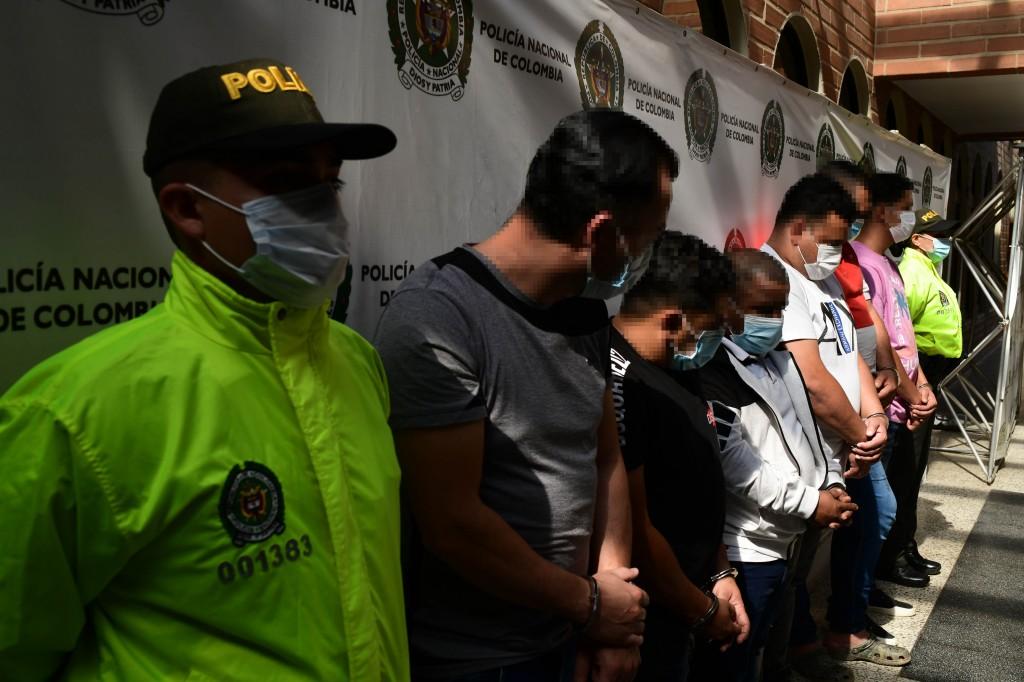 """Las autoridades invitaron a la comunidad a denunciar más robos cometidos por la banda """"el Coco"""", a la línea 123. Foto cortesía de la Policía."""