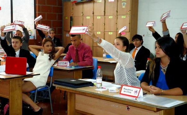 modelo escolar ONU