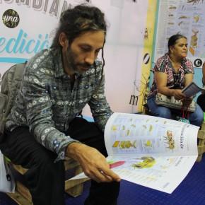 Familia en la Fiesta del Libro y la Cultura